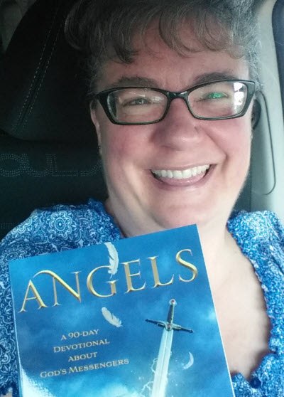 Angels, BookSelfie